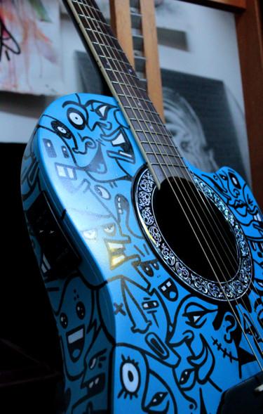 Guitare semi acoustique Bleue cartoons